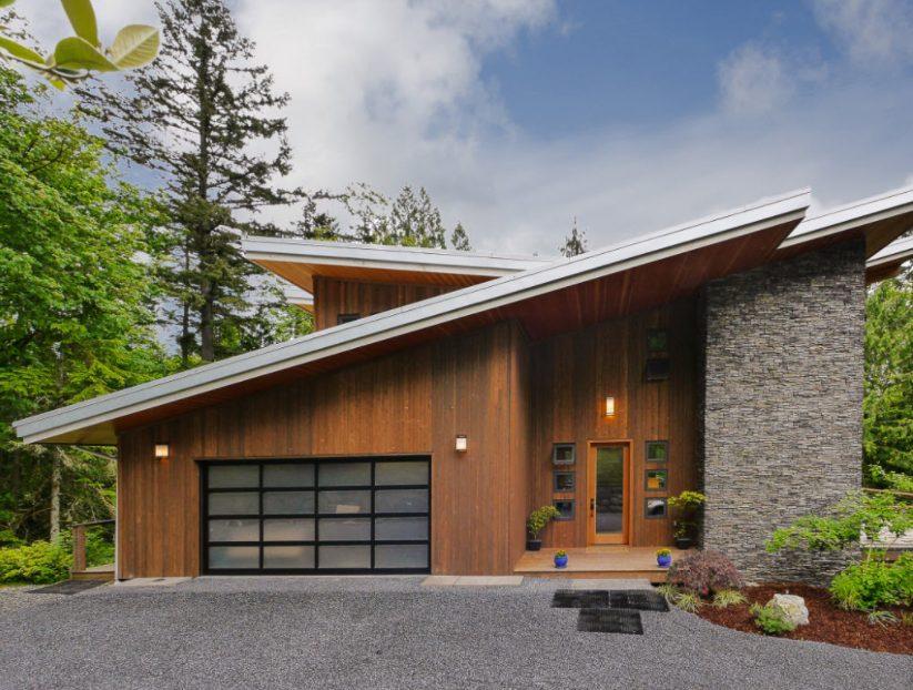 Casas de piedras modernas con madera y piedra ecológica