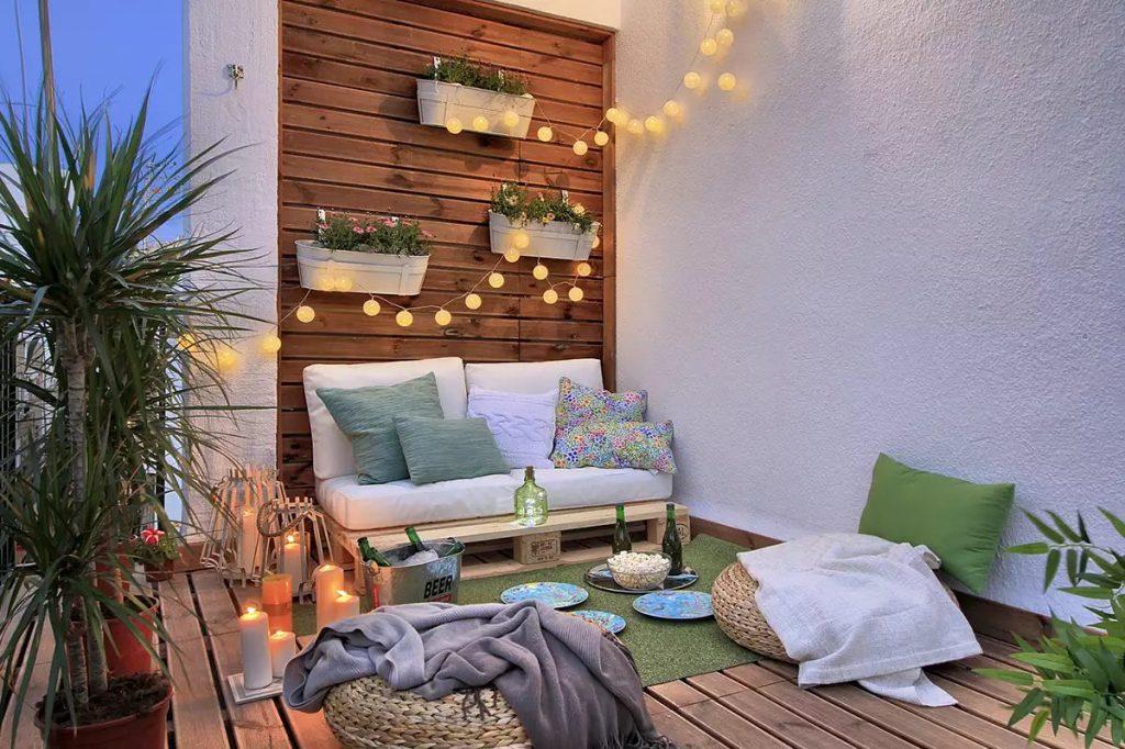 Balcones con luces de navidad acogedor