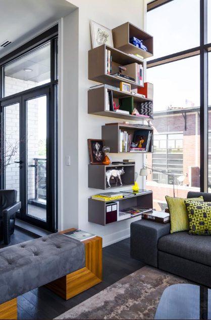 Una estantería mueble en el salón para ganar altura