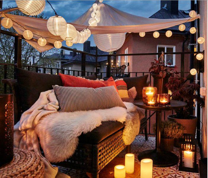 Balcones con luces de navidad de fantasía
