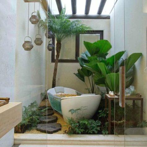 Baño con patio interno
