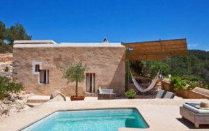 Casa de campo mediterránea de piedra