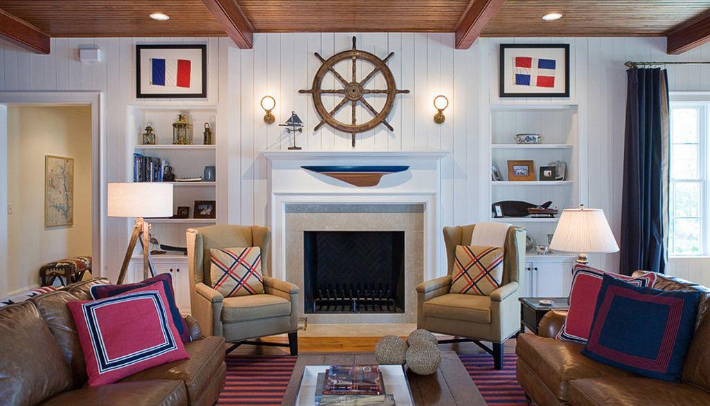 Salón con adornos marineros