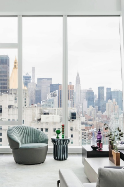 salón moderno y blanco eclectico