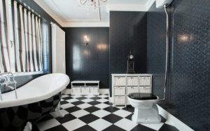 baños color blanco y negro