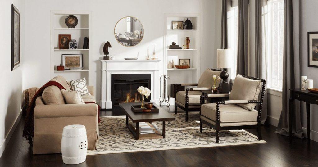 salon colonial moderno y blanco
