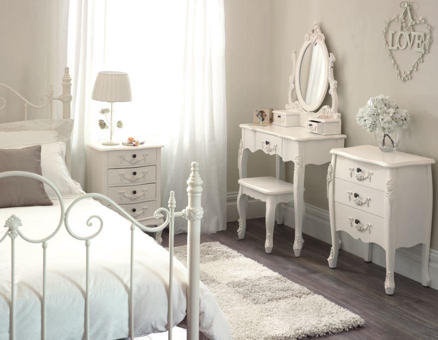Dormitorio Vintage,  Coqueto y blanco