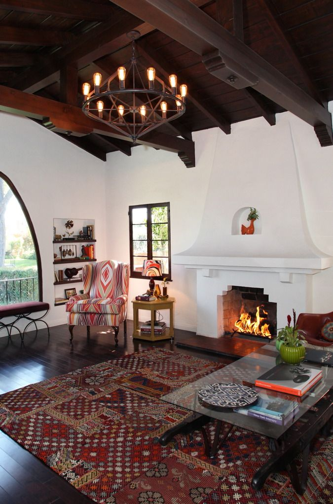Casa rural con chimenea acogedora