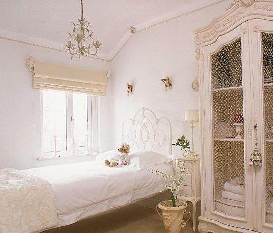 Dormitorio Vintage, blanco y Golden