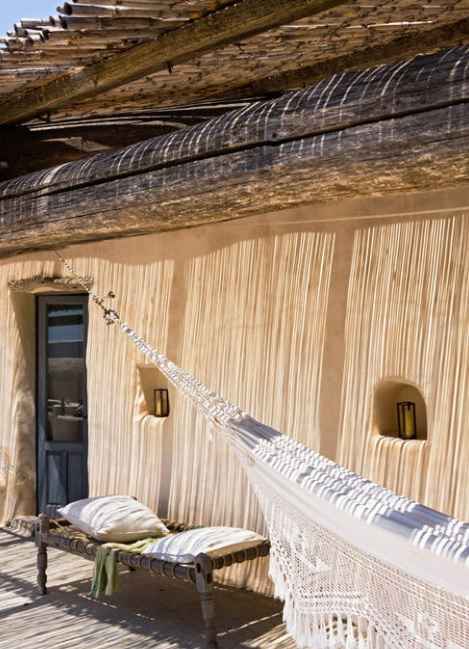 Casa de estilo mediterráneo en madera estilo cabaña