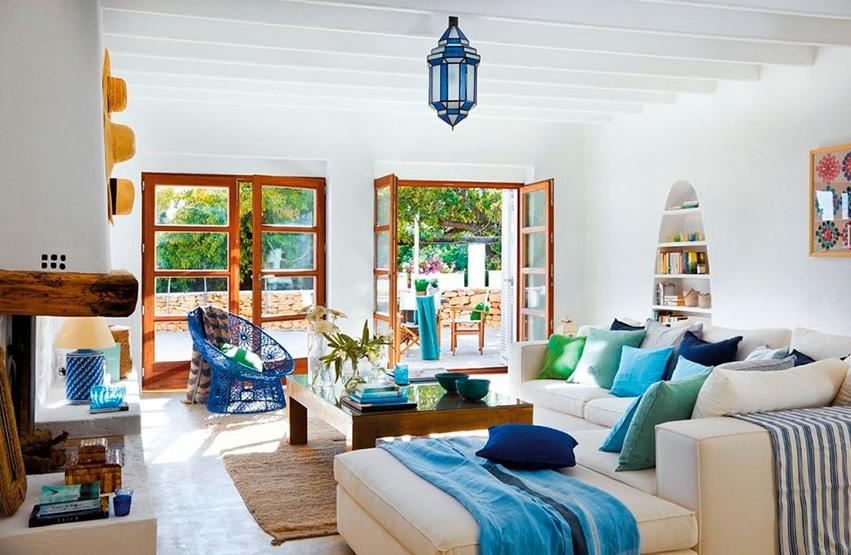 casa mediterránea de un piso exterior e interior