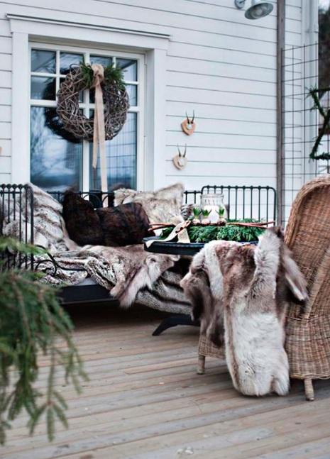 decorar la terraza en navidad rustico