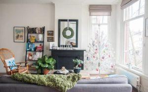 decorar un apartamento pequeño navideño
